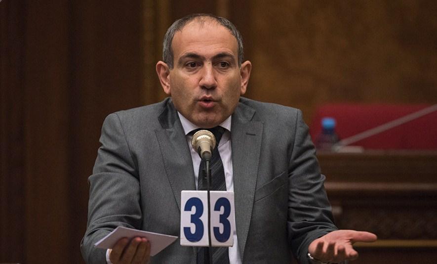 лидер фракции оппозиционного блока «Елк» («Выход») Никол Пашинян